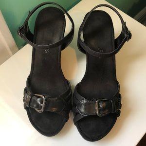 Aerosols black buckle wedge sandals
